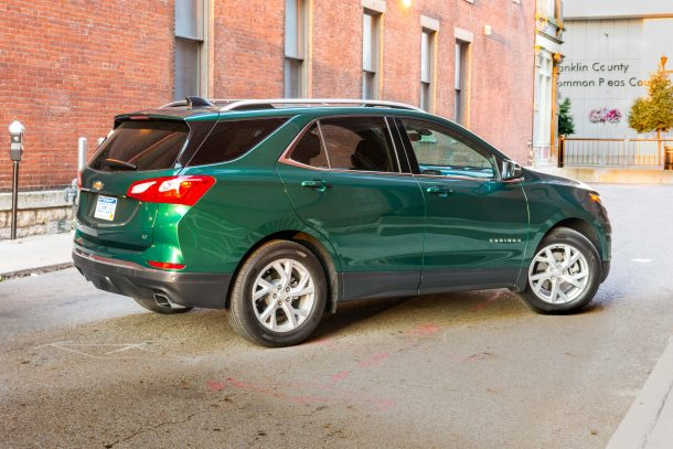 2018-Chevrolet-Equinox-4-of-15-610x407