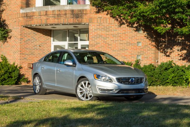 2018-Volvo-S60-T5-AWD-Inscription-2-of-12-610x407