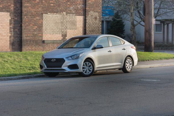 2018-Hyundai-Accent-SE-front-quarter-610x407