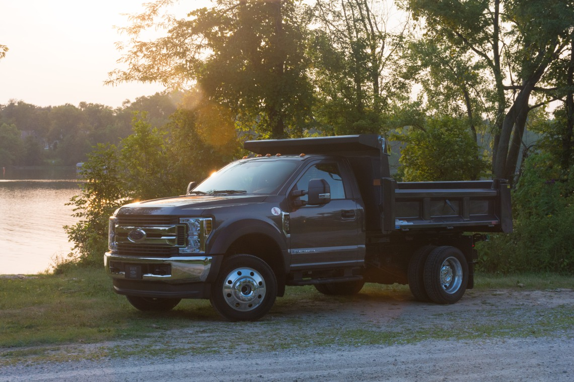2018 Ford F-550 (2 of 14)